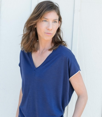 Women's Wool Eliza V-Neck Tee - Short-Sleeve Made in USA | Ramblers Way